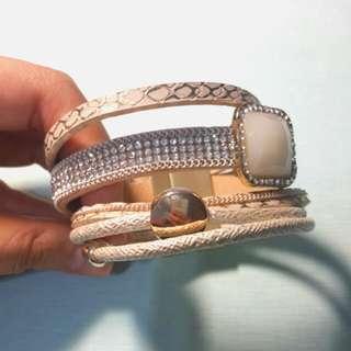 米色時尚手環 #狗年發發