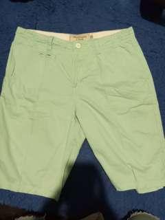 Celana pendeh hijau toska(cocok untuk summer) size 30
