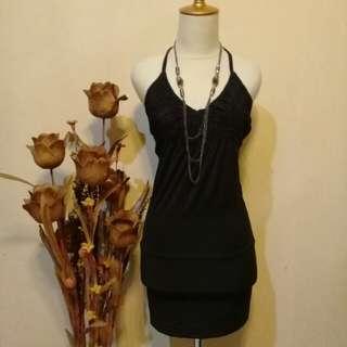 Dress women in black 😍