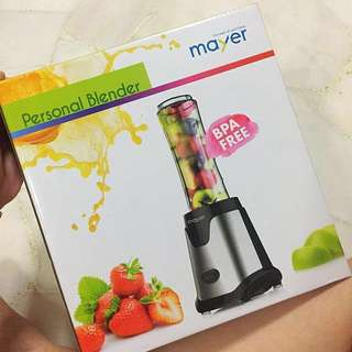 Smoothie Blender / juicer / shake and take blender