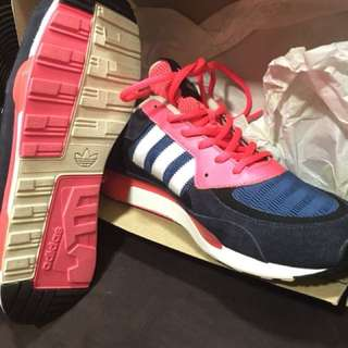 ADIDAS ZX 850 BRAND NEW AUTHENTIC!! STEAL!