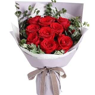 Valentines 11 roses bouquet