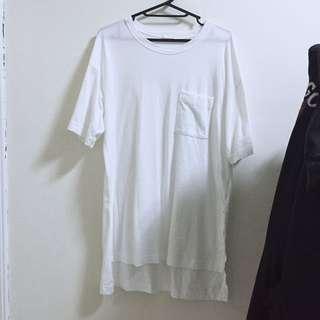 GU前短後長白色上衣