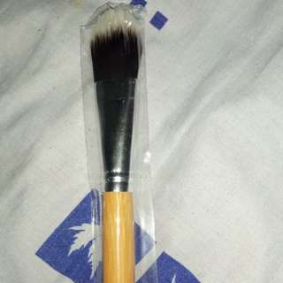 Bamboo Brush (Foundation)