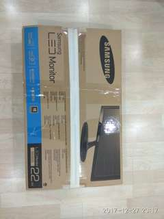 Pre CNY special - NEW Samsung LED Monitor 22' - 3yrs warranty. Price less 31%