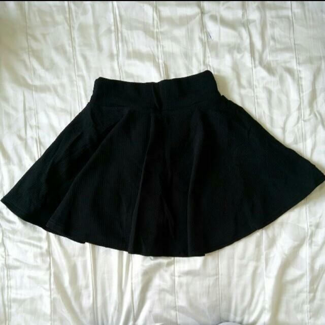 ✨全新現貨🎉黑色百搭實穿甜美褲裙