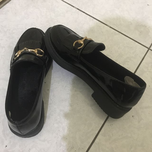 英倫 漆皮 樂福鞋