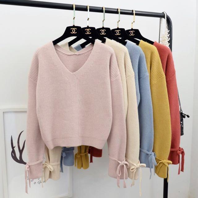 [新品入荷]微醺霧粉 短版韓國流行純色V領袖口系帶寬鬆針織衫毛衣