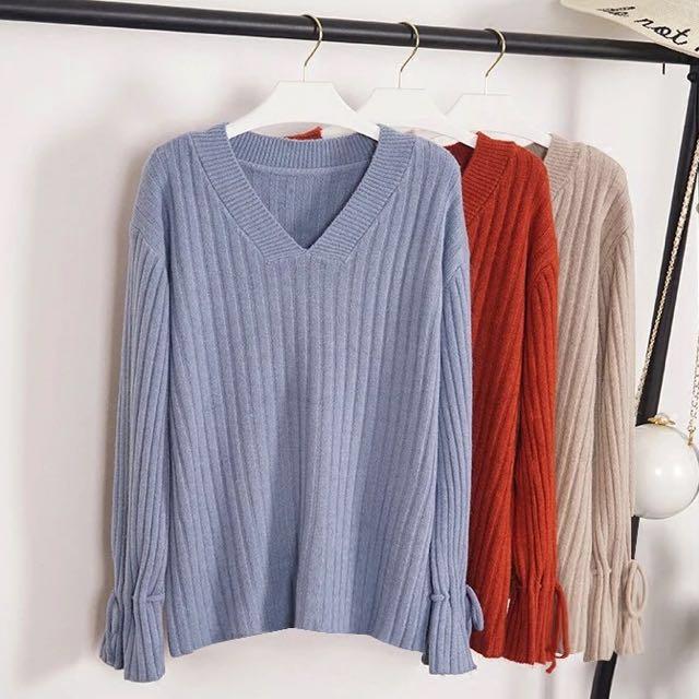 [新品入荷]煙燻霧藍 秋冬純色V領袖口系帶坑條寬鬆休閒長袖針織衫毛衣