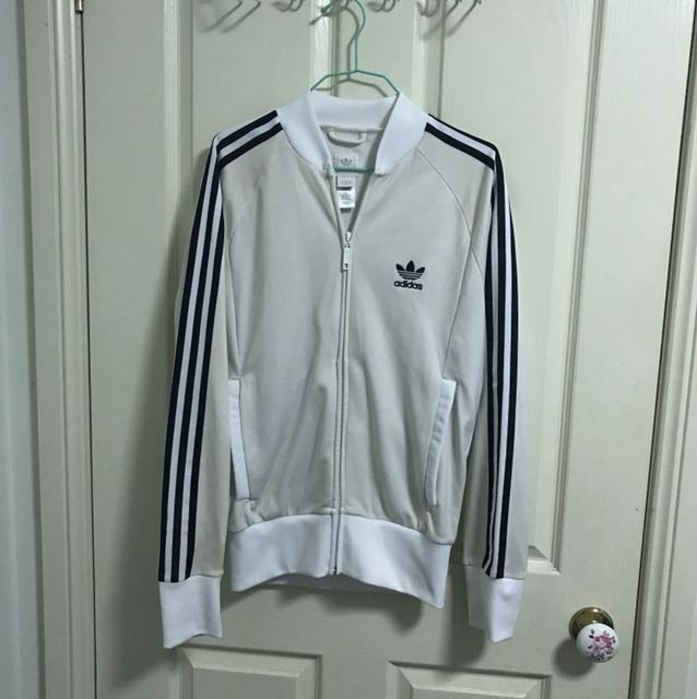 Adidas originals jacket - no collar