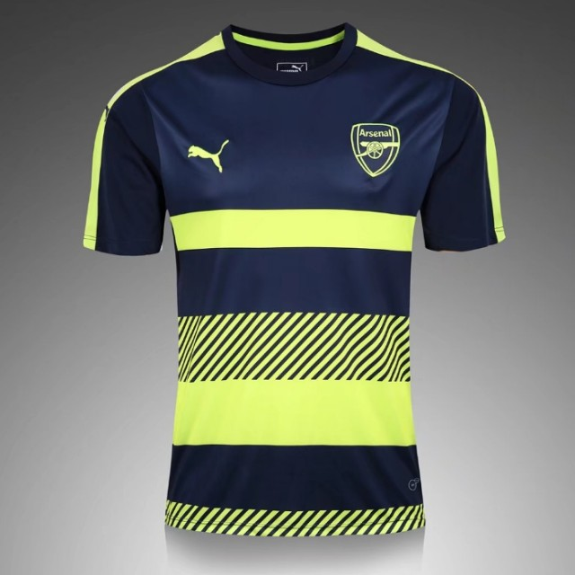cheaper 8472c aa6d9 Arsenal Training Kit - S size, Sports, Sports Apparel on ...