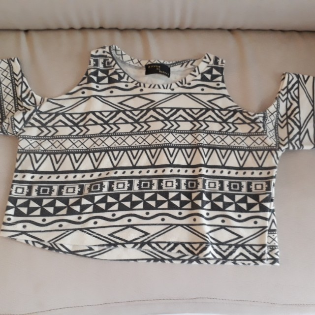 Auth Living in Retro Tribal Crop