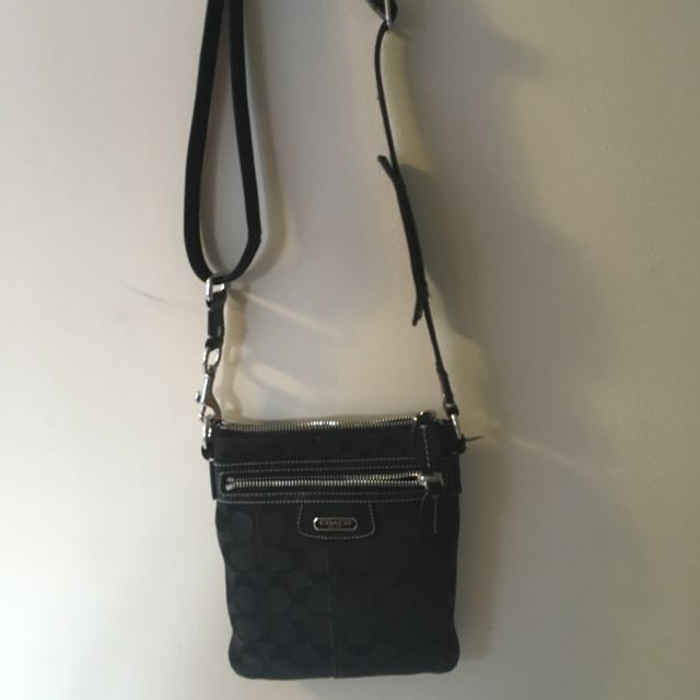 Authentic Coach crossbody bag!!!