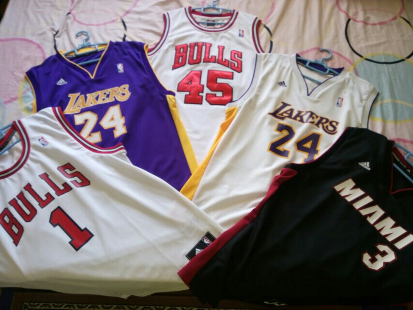 Authentic JERSEYS
