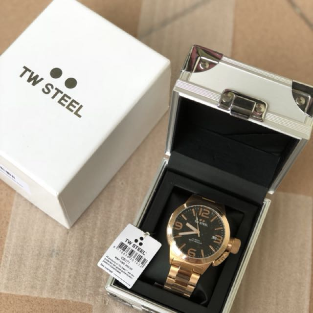 Authentic Tw steel brand new - rose gold canteen