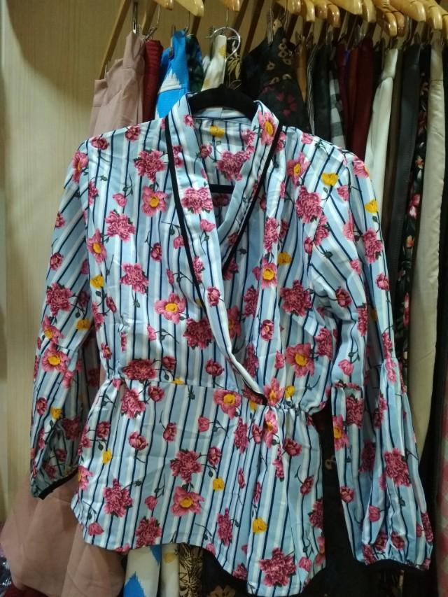 Baju bunga model kimono