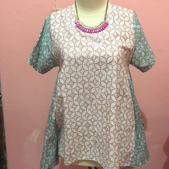 Batik pastel top