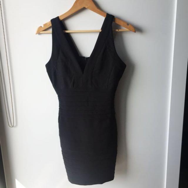 Bodycon dress (s)
