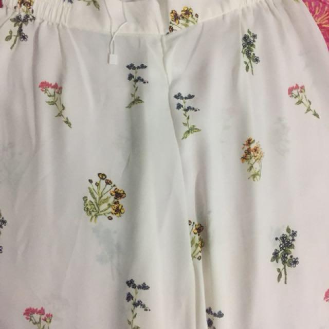 Boho flower pattern pants