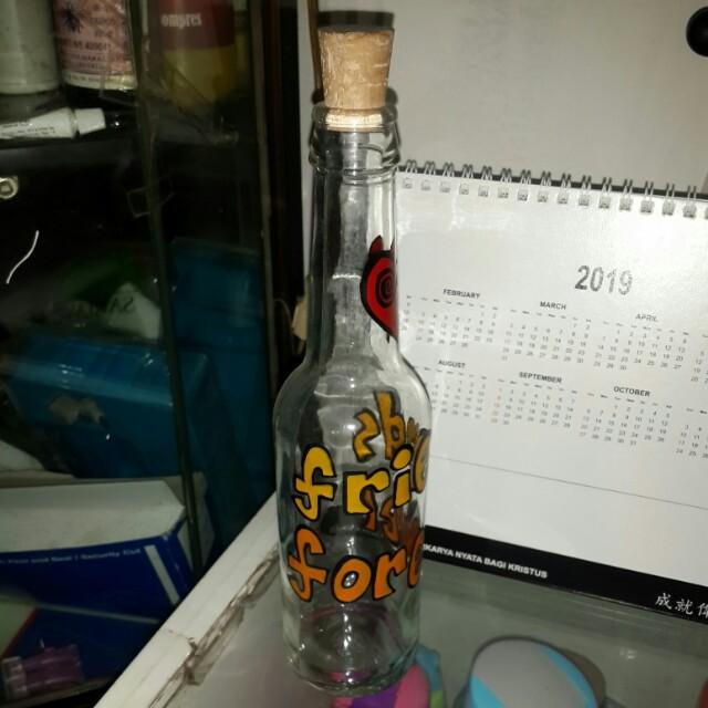 Botol kaca friends forever
