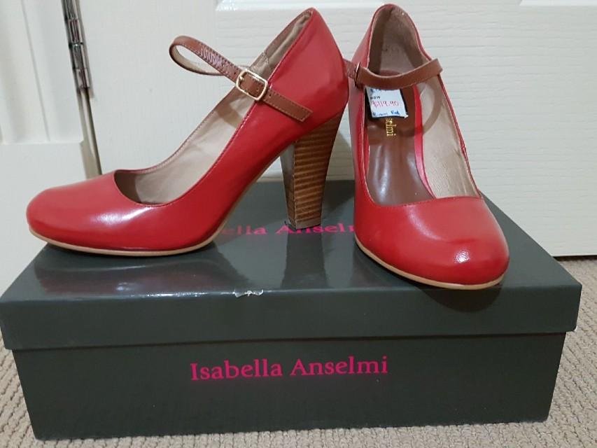 Brand new isabella anselmi vintage red shoes