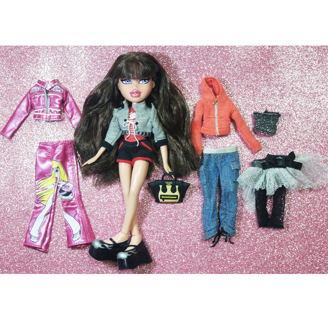 Bratz doll set