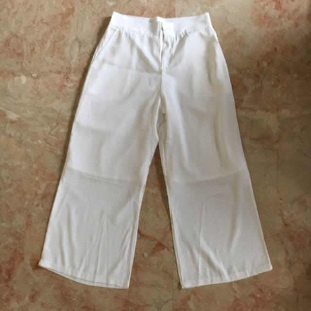 Celana panjang Gombrong