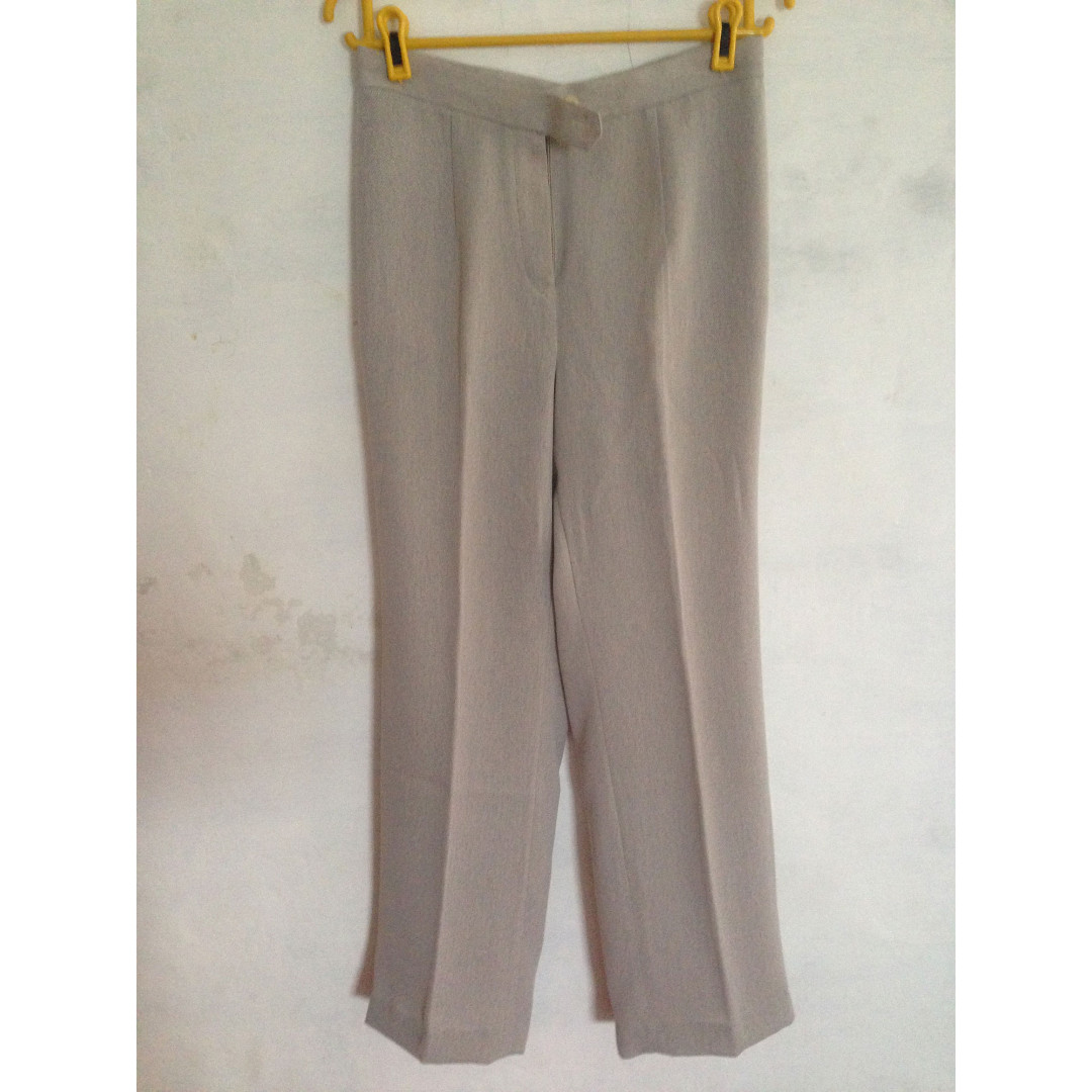 Celana Panjang Wanita Abu
