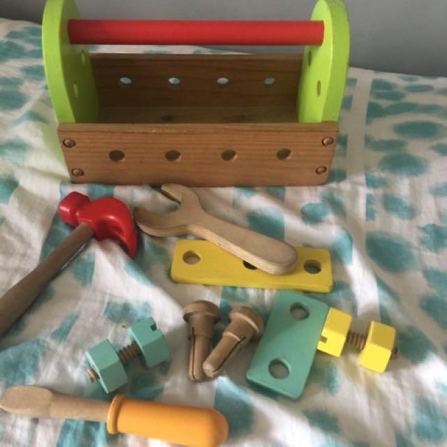 Educo Wooden Toolset