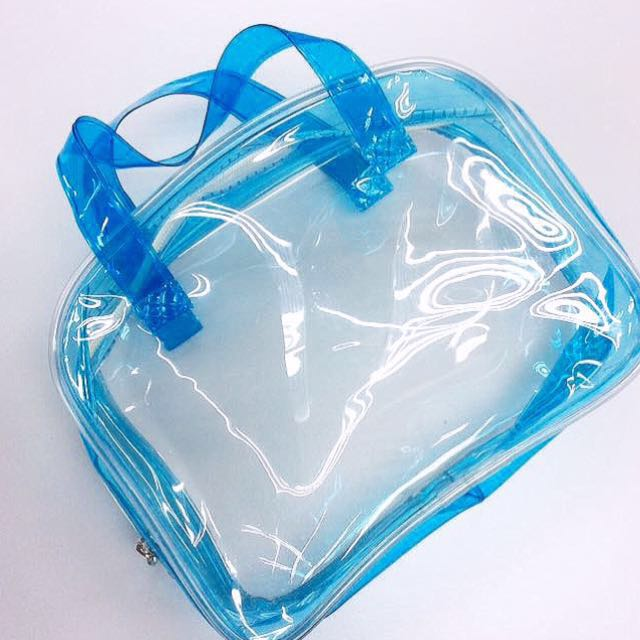 [FREE WITH ANY PURCHASE] Clinelle Waterproof Travel Bag.