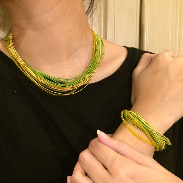Green necklace & bracelet