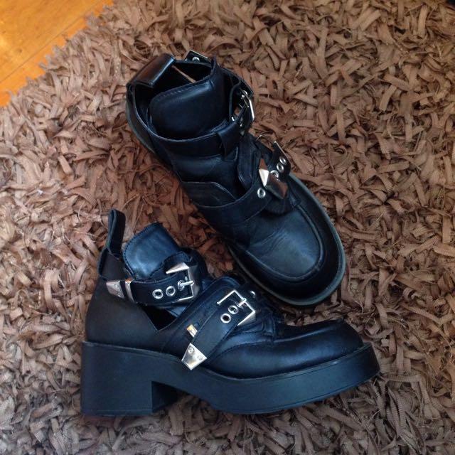Hannah's Buckle Boots Size 6