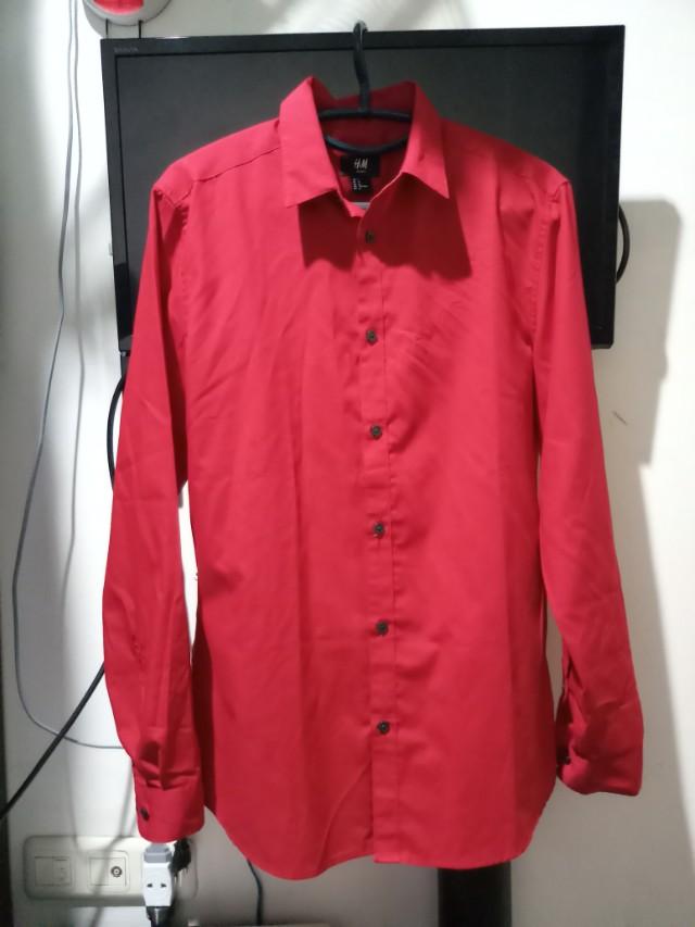 Kemeja H&M merah slim fit size M