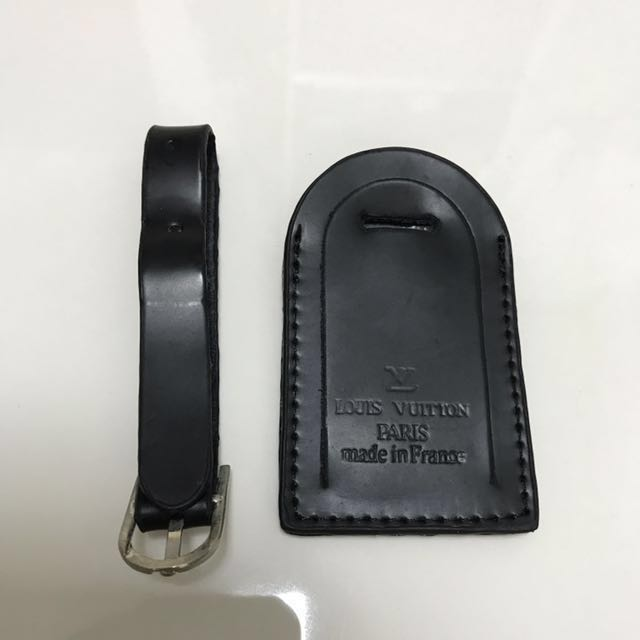 e9bab118cf53 Louis Vuitton Black Luggage Tag (Unsure of authenticity because got ...