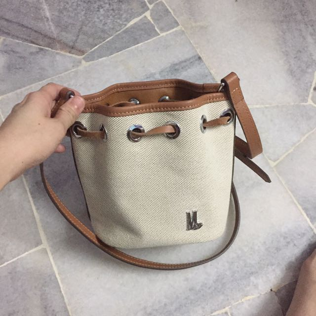 Materiallipstick nano bucket bag