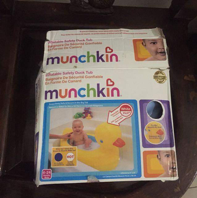 Munchkin Bath Tub
