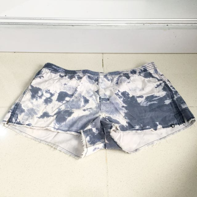 PRELOVED Insight Beach Shorts