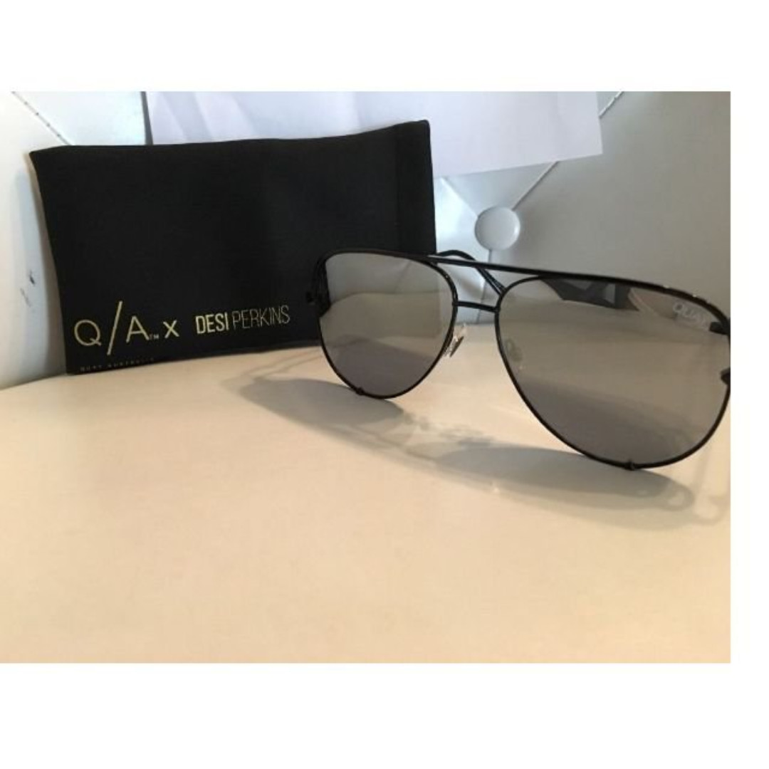 Quay x Desi Perkins High Key Black Aviator Sunglasses | BLACK NEW + AUTHENTIC
