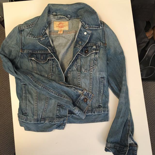 REDUCED | Classic Levi's Denim jacket