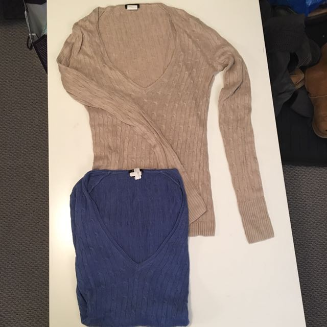 Set of 2 J Crew Linen Knit V-neck Sweaters