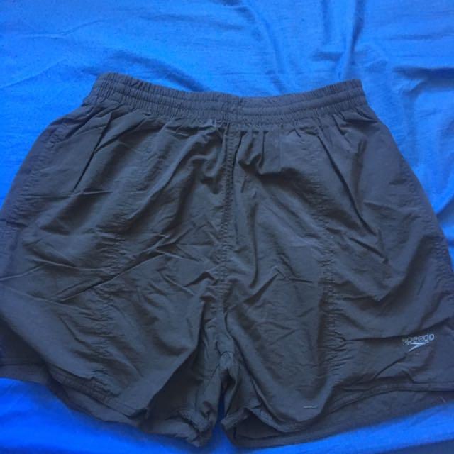 SPEEDO shorts size L