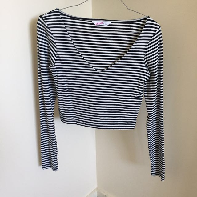 Supre long sleeve crop top