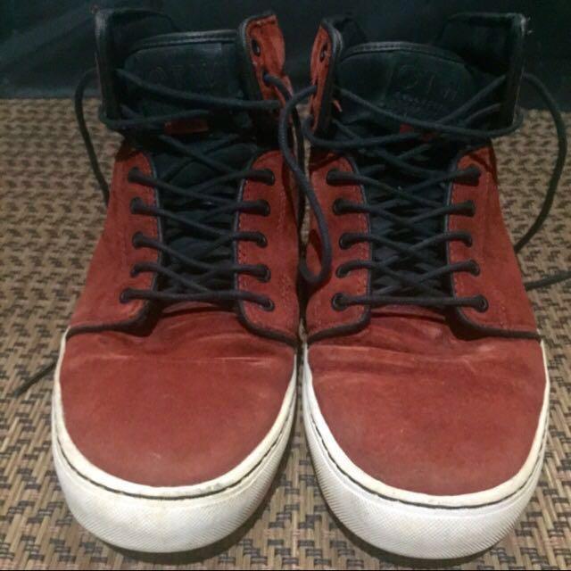 1cedadf26c Vans OTW Collection Shoe
