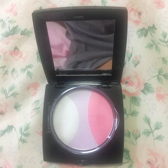 Virtual Beauty Pressed Powder