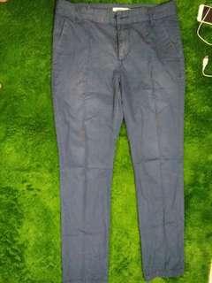Celana panjang chino merk baleno