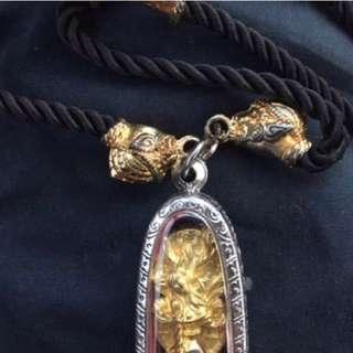 本人委託泰國寺廟供奉最極致顯靈的狐仙項鍊 佛牌