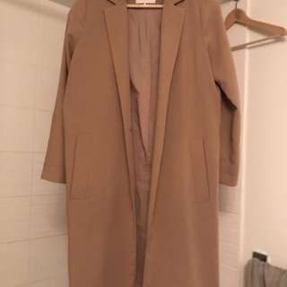 LIGHT CAMEL COAT