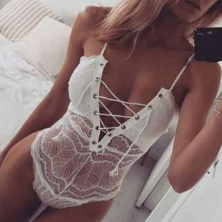 NEW LACE WHITE BODY SUIT