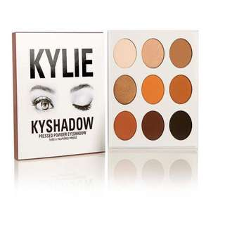 Kylie Jenner holiday edition bronze kyshadow eyeshadow pallete