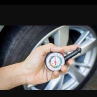 ^Auto Meter Tire Pressure Gauge••
